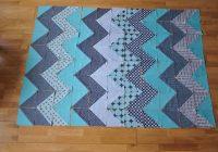 chevron quilt tutorial quiltylicious Stylish Pattern For Chevron Quilt