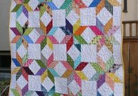 Cozy starflower quilt triangle quilt quilt patterns quilts 9 Beautiful Triangle Patchwork Quilt Gallery