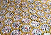 Elegant vintage 30s 40s handmade yo yo quilt 15 circles 78 x 89 full bed double gold ebay 11   Vintage Yoyo Quilt
