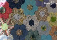 hand pieced hexagon quilt tutorial wee folk art Unique Hexagon Flower Quilt Pattern Inspirations