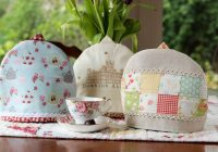 Interesting free tea cozy pattern and tutorial simple handmade everyday 9 Modern Quilted Tea Cosy Pattern Inspirations