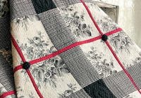 Interesting showcase a large scale print in this striking quilt 9 Stylish Quilt Patterns For Large Prints Gallery