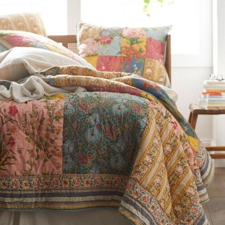 Permalink to 9 Interesting Vintage Floral Quilts Gallery