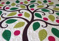 Interesting tree applique quilt nina paleys blog tree quilt 10 Unique Tree Of Life Quilt Pattern Applique Gallery