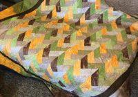 Modern friendship braid quilt in harvest palette 9 Stylish Friendship Braid Quilt