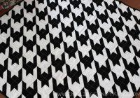 Modern houndstooth quilt inklings yarns Modern Houndstooth Quilt Pattern Inspirations