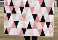 modern ombre bw triangle quilt tutorial pattern see Elegant Ombre Triangle Quilt Gallery