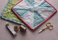 Modern simple diy quilted potholder from scraps of fabric 9 Elegant Quilted Potholder Pattern Inspirations