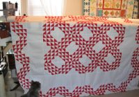 Modern two color quilt pattern 11 Stylish Two Color Quilts Patterns