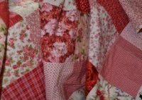 shab chic roses vintage look double classic red and white Vintage Look Quilts