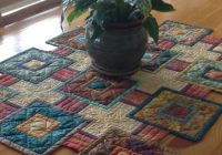 stepping stones quilt pattern for your next table runner Interesting Table Runners Patterns For Quilters Inspirations