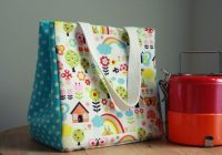 Stylish diy lunch bags 10 cute simple and free tutorials to make 11 New Quilted Lunch Bag Pattern Inspirations
