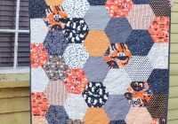 Stylish large hexagon quilt pattern and tutorial the polka dot Cool Hexagon Quilt Patterns Designs