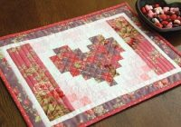 Stylish these heart placemats are super quick and easy quilting digest 11 Cozy Placemat Patterns Quilted Inspirations