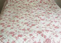 vintage floral quilt shab chic eiderdown roses handmade quilt king size cover Modern Vintage Floral Quilt Inspirations