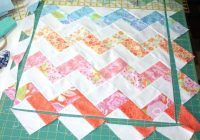 zig zag quilt border pattern triangle cut zig zag quilt Stylish Zig Zag Quilt Tutorial No Triangles Gallery
